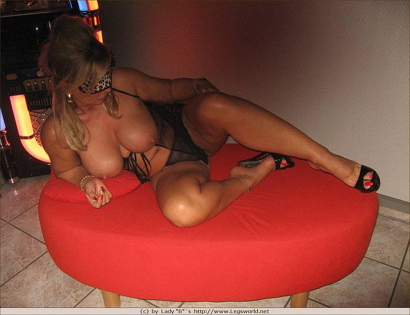 Hot mature lady barbara