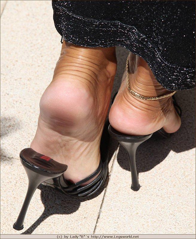 Ноги зрелых женщин порно