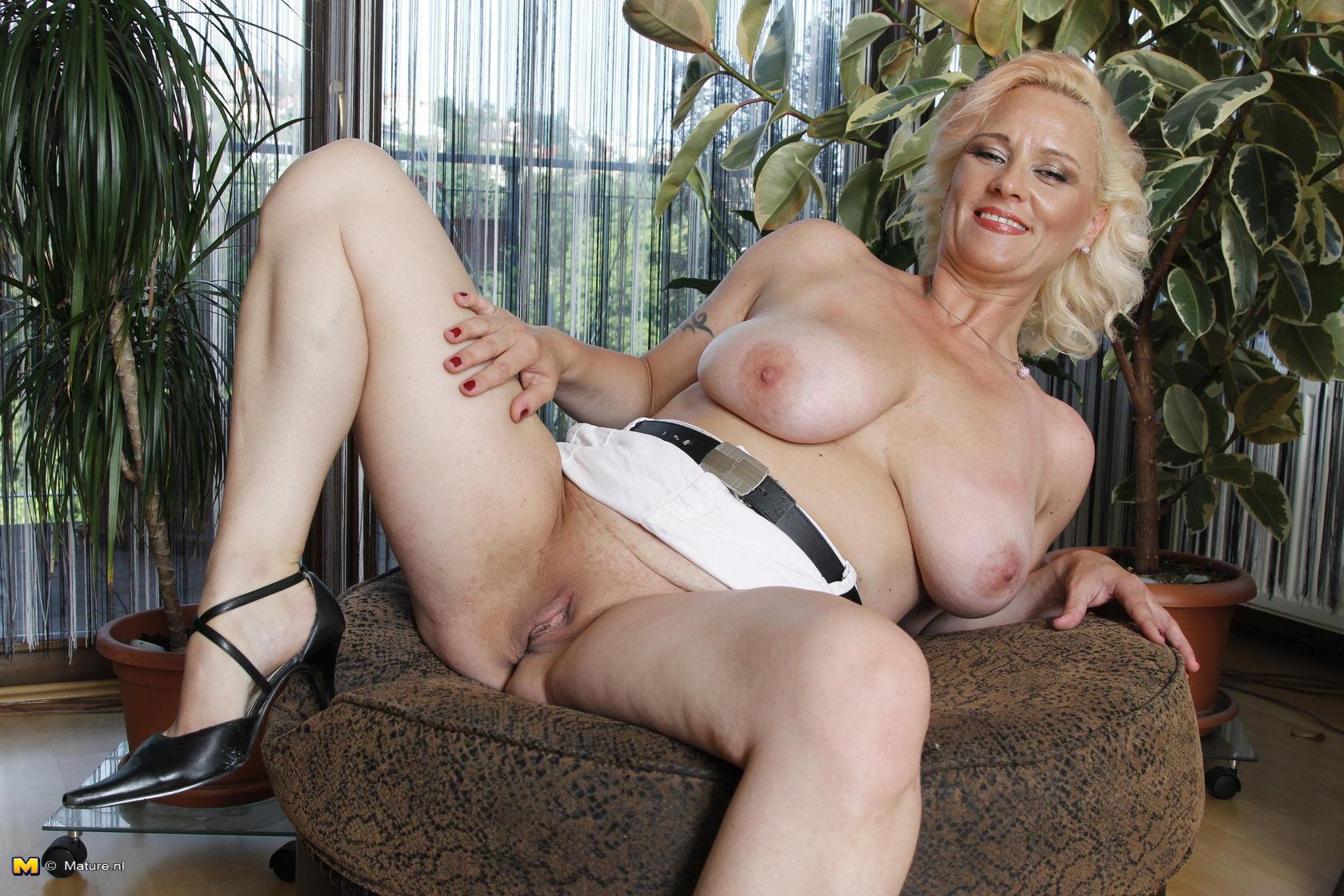 Photos of women having orgasm