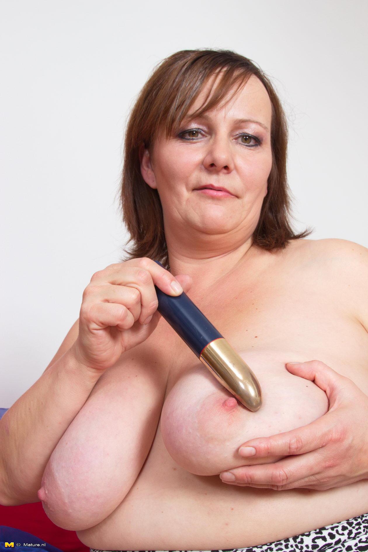 Granny hot stuff nudes