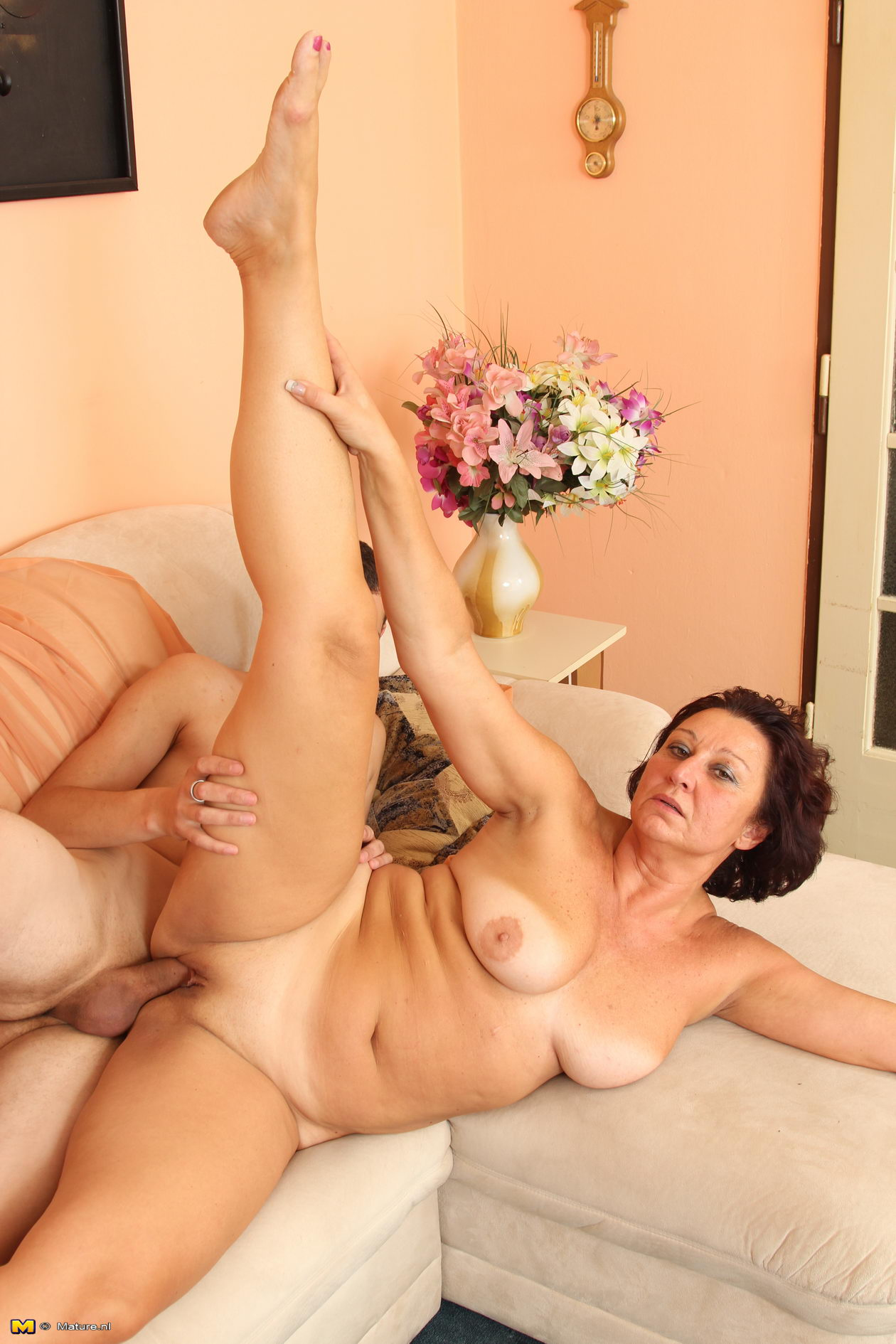Mature milf sex galleries are here for you to watch! Only