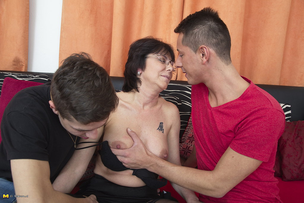 Young workout sluts are made to experiment with lesbian play by slave master 4