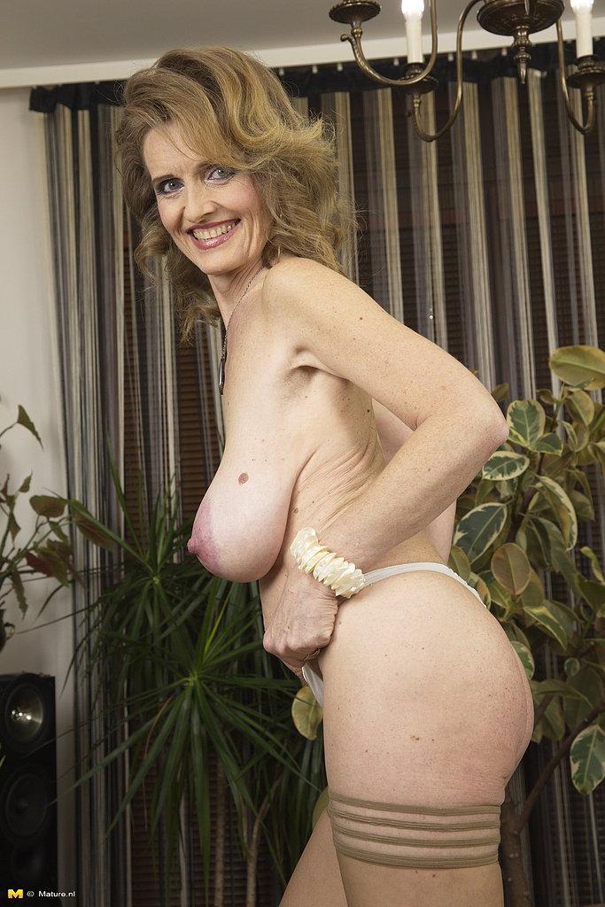 Model In Nude Pantyhose Jessica Pressley