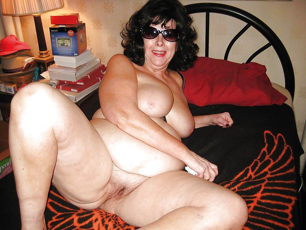 Sexy bbw amputee