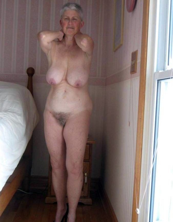 amateur grey nude haired gilf