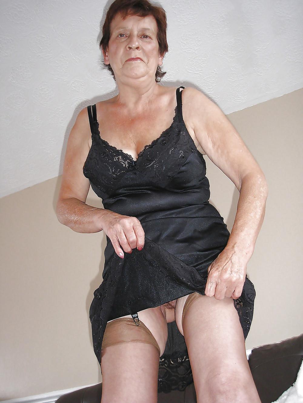 Stunning Mature Women Galleries 83