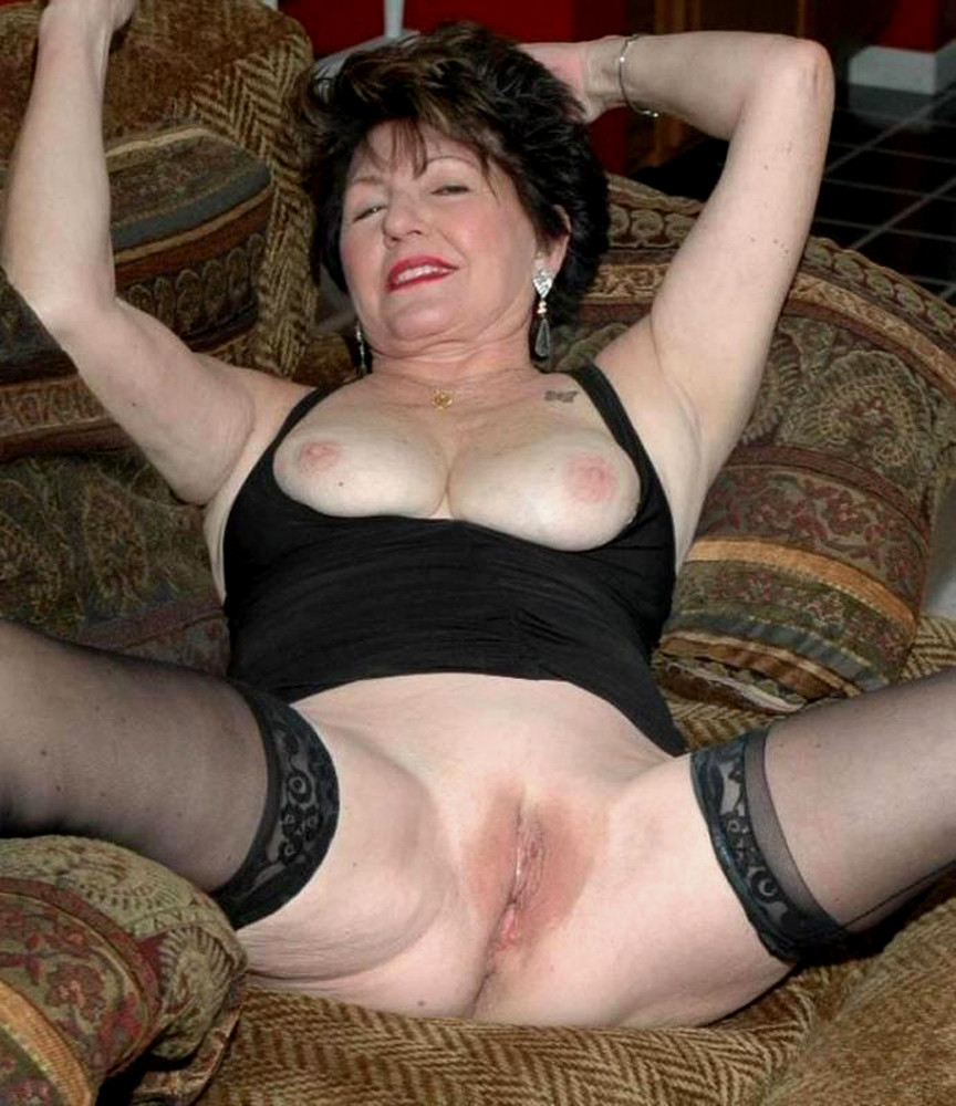 Granny old but still very hot needs good fuck 5