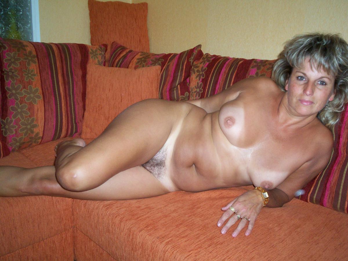 Частное интим фото зрелых женщин 40-50 лет