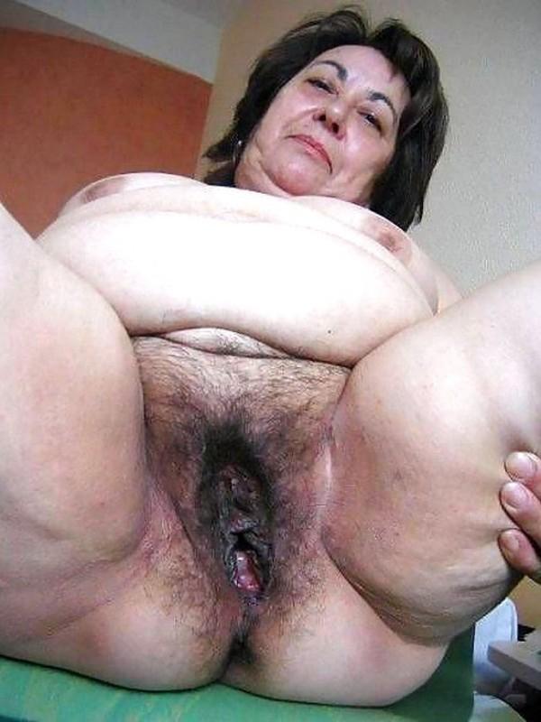 Recommend fat mature granny big pussy