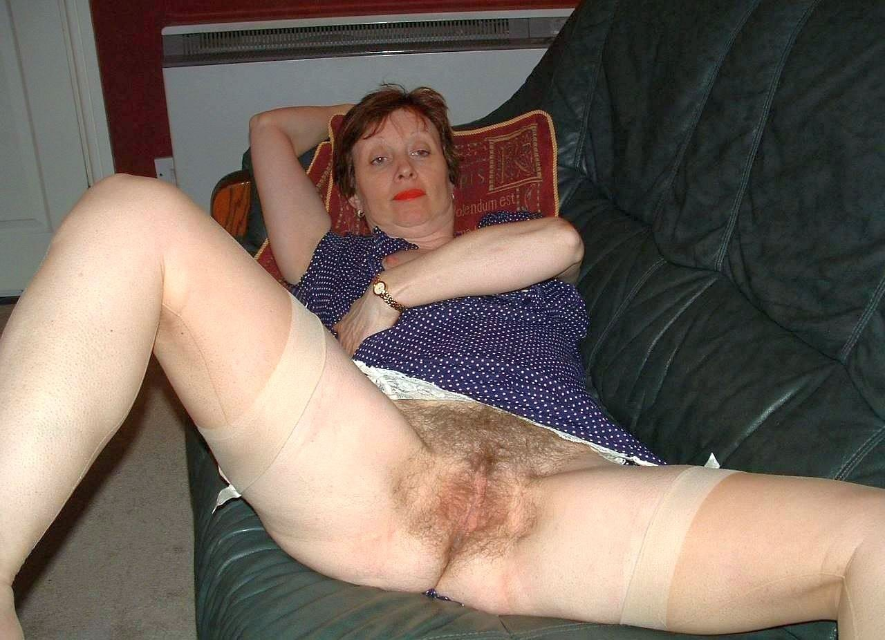 Hot sexy naked milf vagina