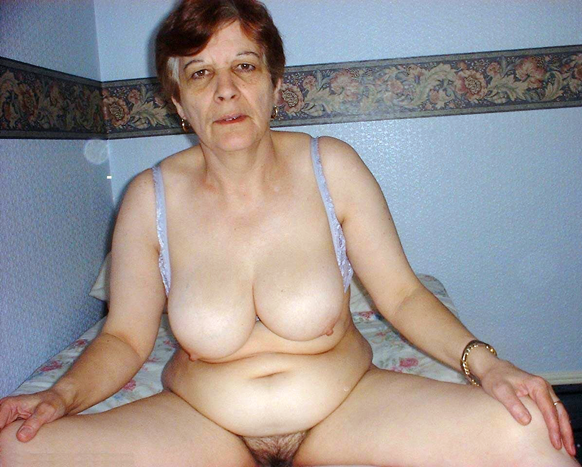 Old horny granny with hairy pussy rubs her clit 3