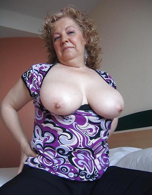 голые сисястые бабушки фото