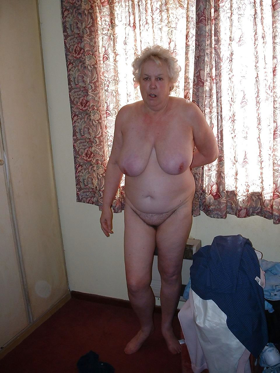 Old granny full frontal porn, good pictures of a girls pussy