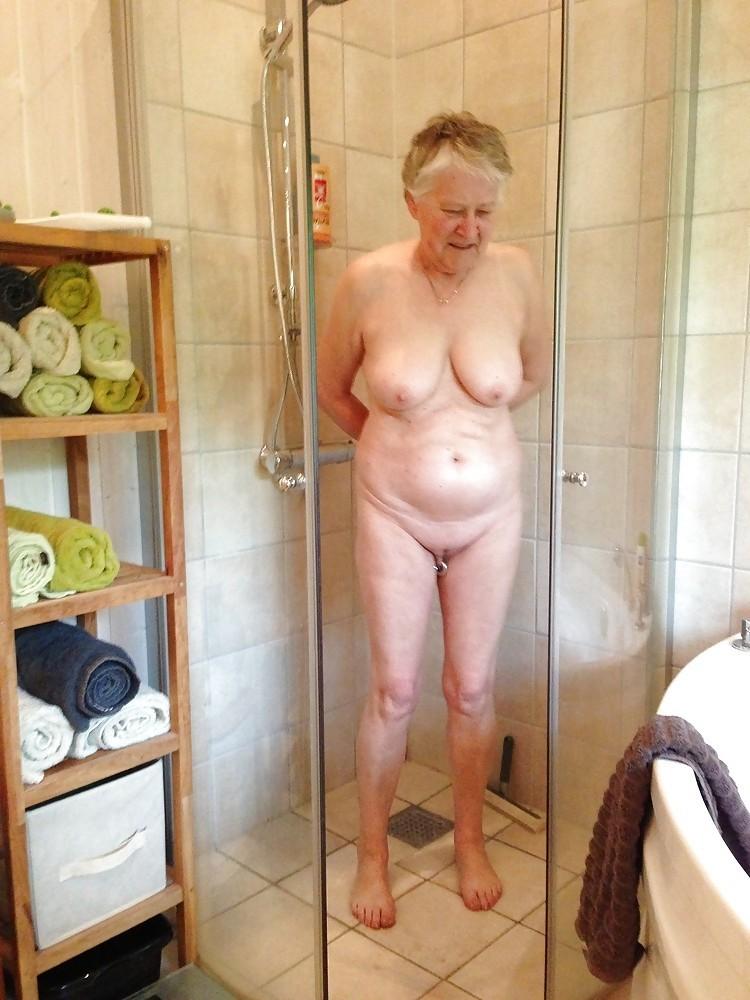 I Love Granny Sex