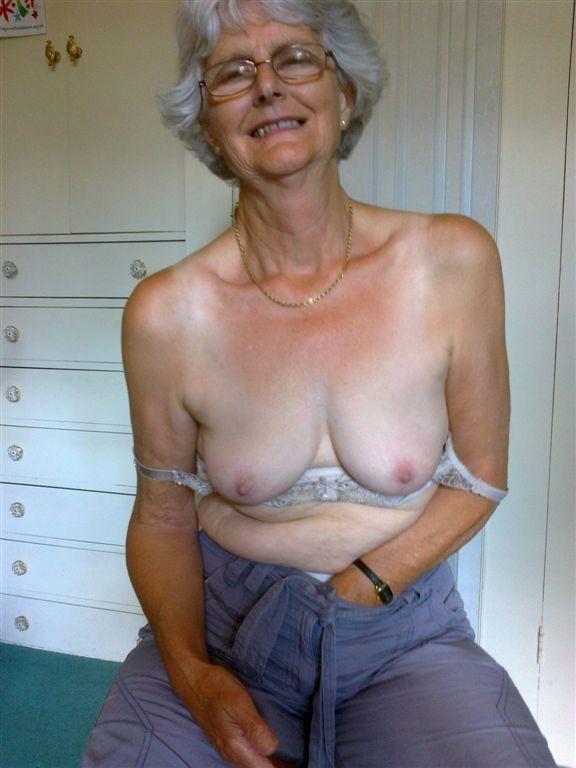 Love pussy i granny