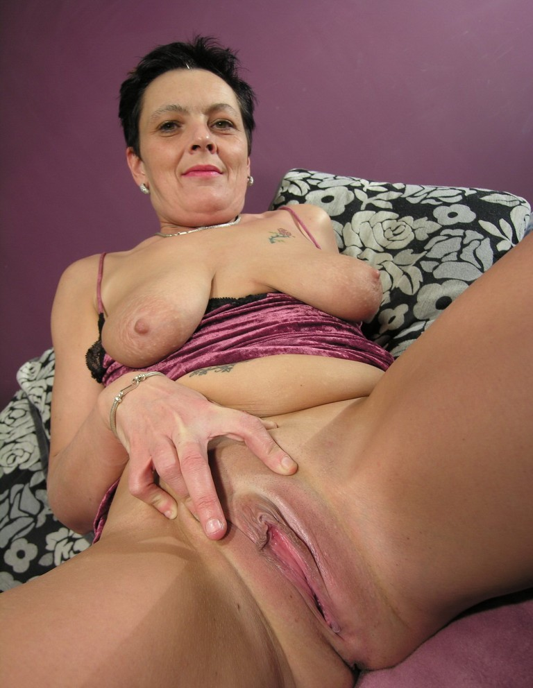 Country: Free older mature porno thumbs Amateur Creampie