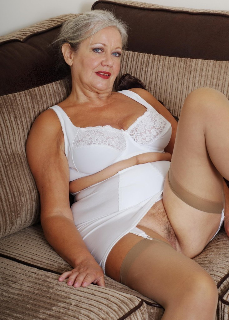 image 43yr your new fav milf