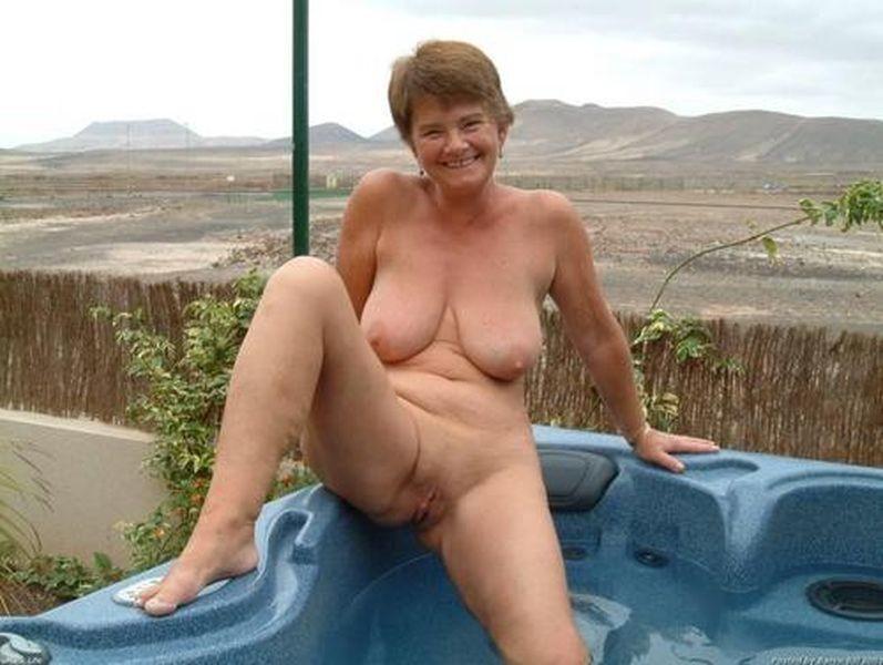 Фото голые бабуси 1338 фотография