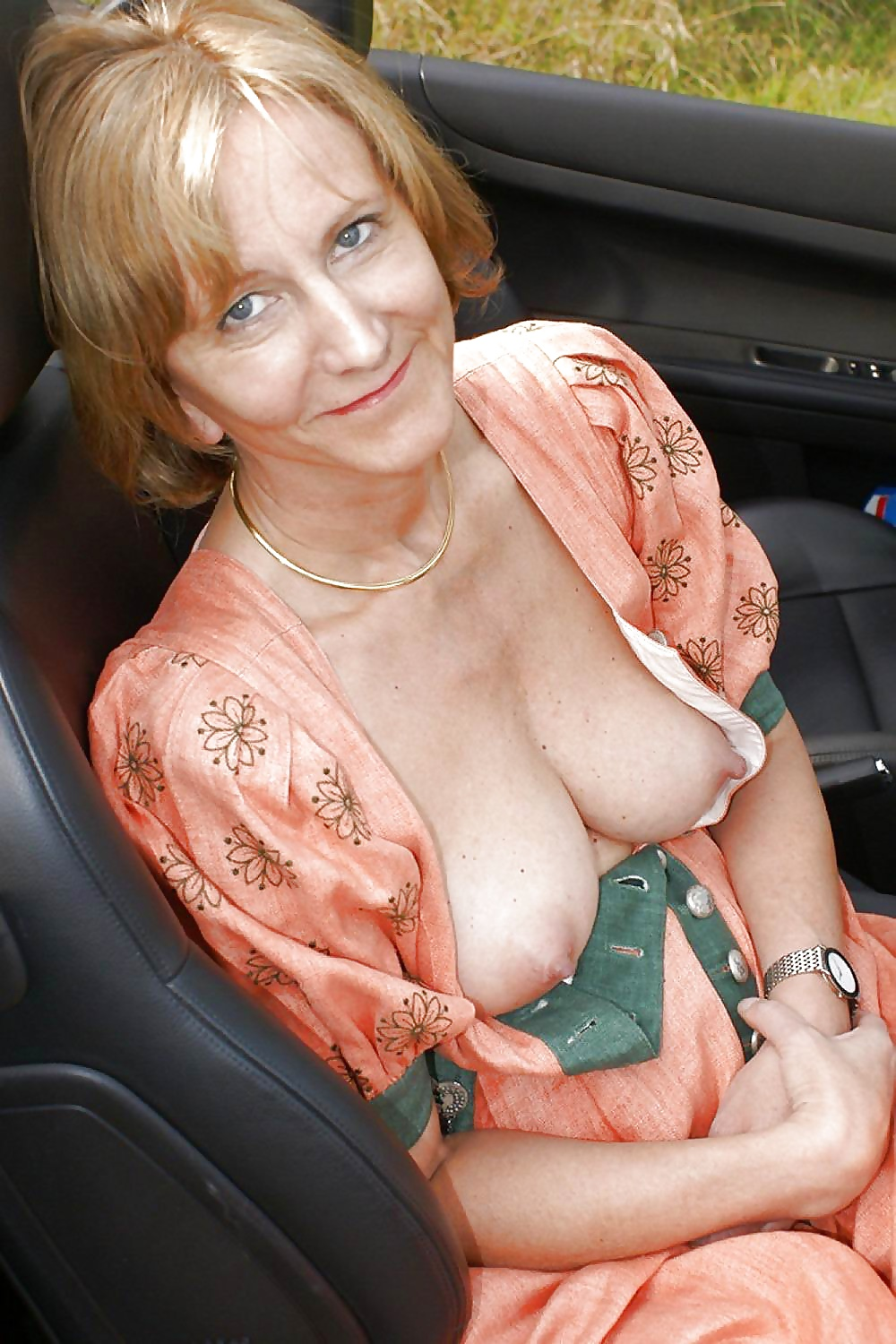 Milf women with nice tits