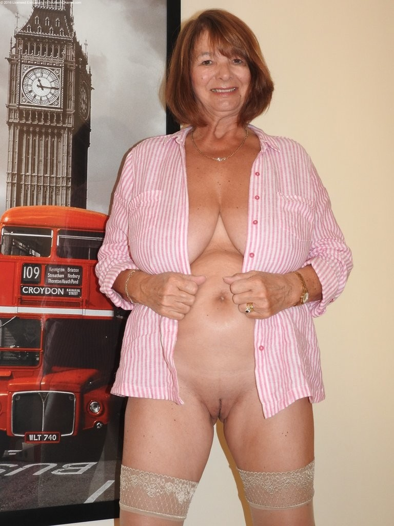 thick old women nude