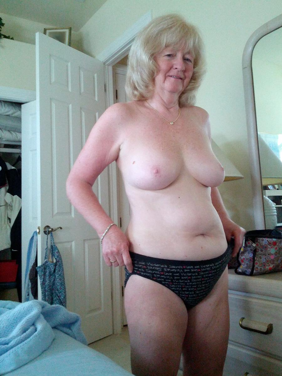 Advise you New mature granny congratulate, the