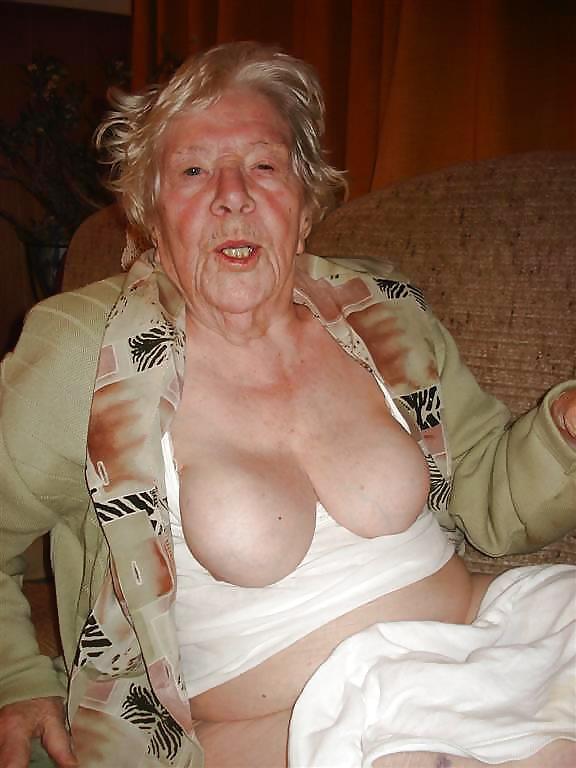 Granny nudes oma amateurs
