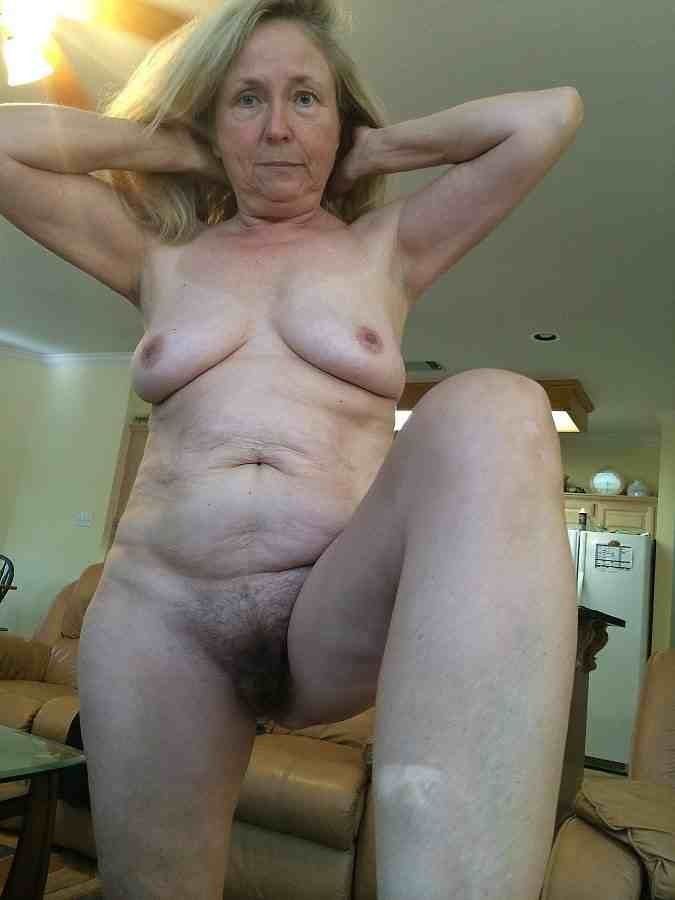 Woman and hores sex video