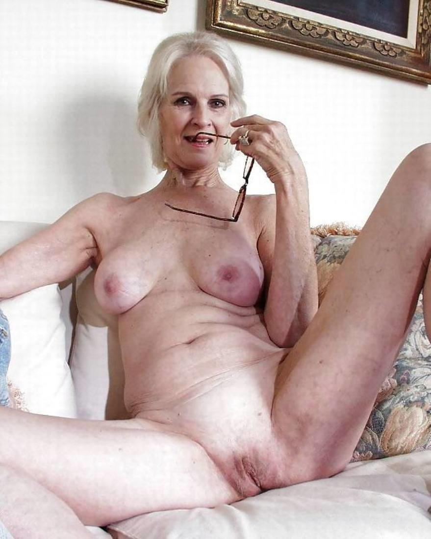 Бабушка фото эро