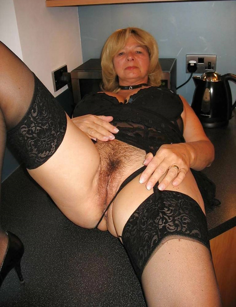 Mature amateur stockings granny