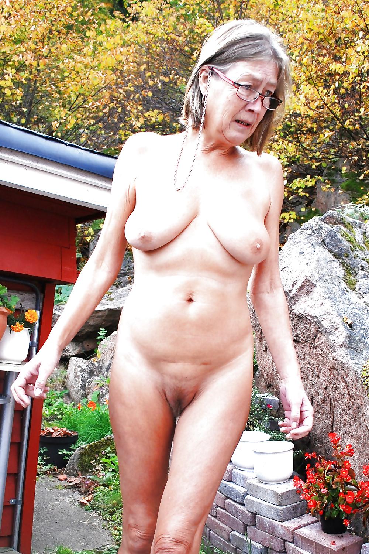 mum naked Grannys vagina & My