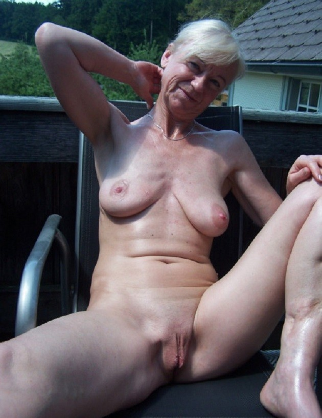 New grannie nudes