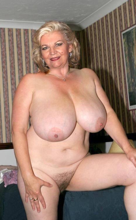 Порно фото сиськи старушек