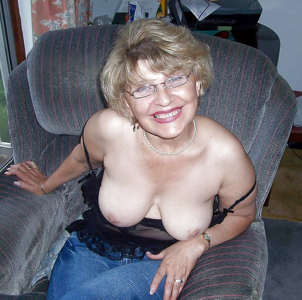 naked-gilfs-mature-sex-gallery-group