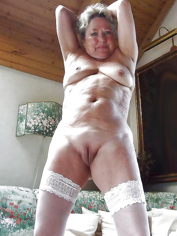 Old naked granny s