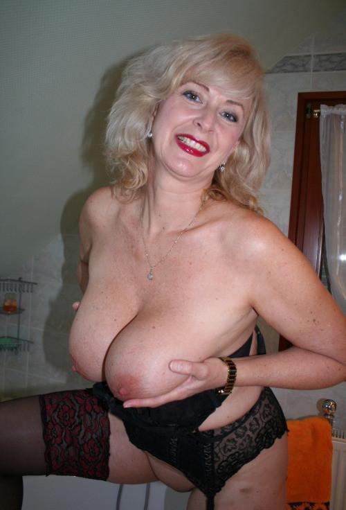 Teen erect nipples movies