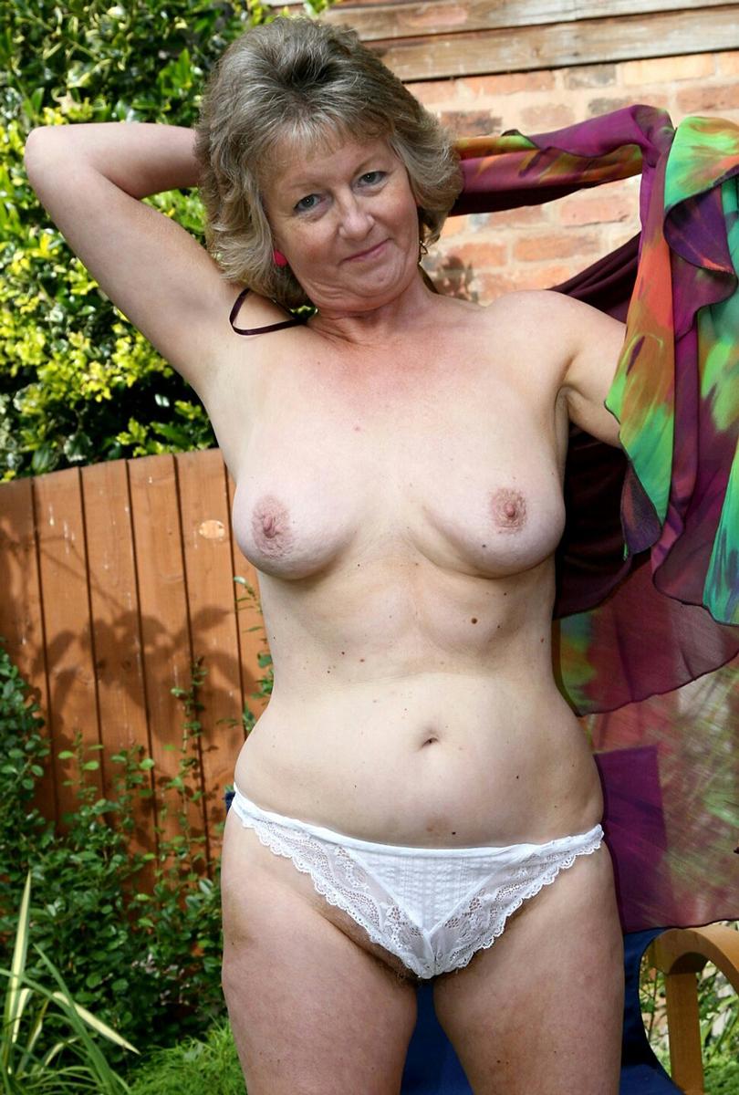 Reife Granny