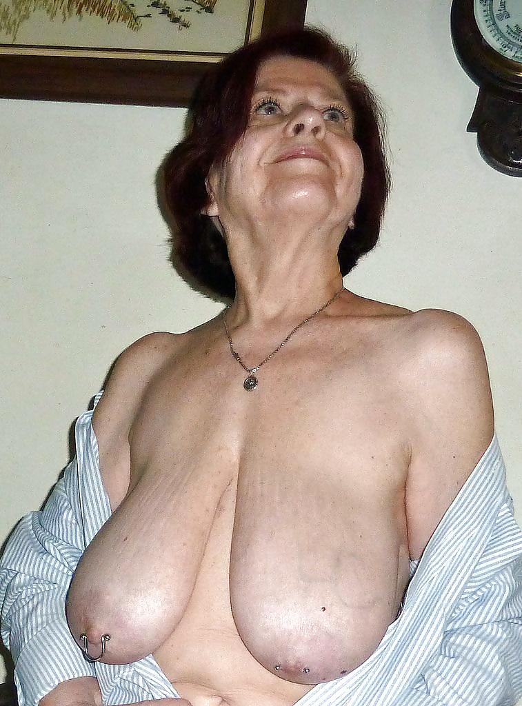 Nude old brunette grannies