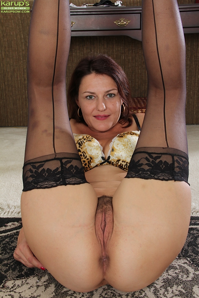 Uporn hairy milf solo stockings