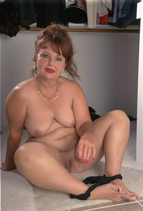 big vulva naked