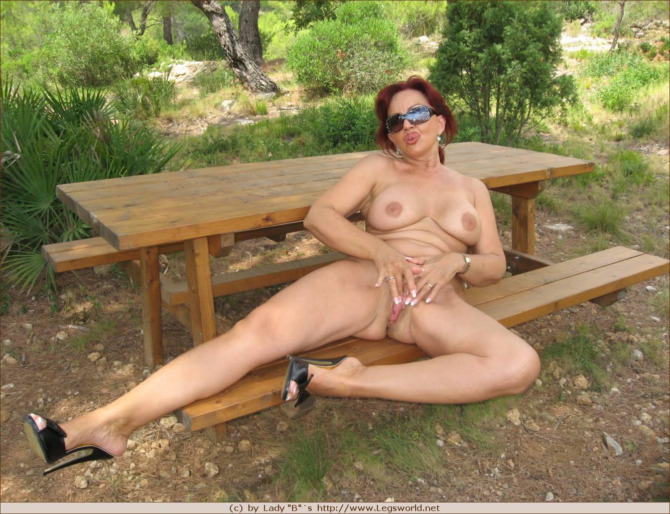 Lady barbara legsworld idea and