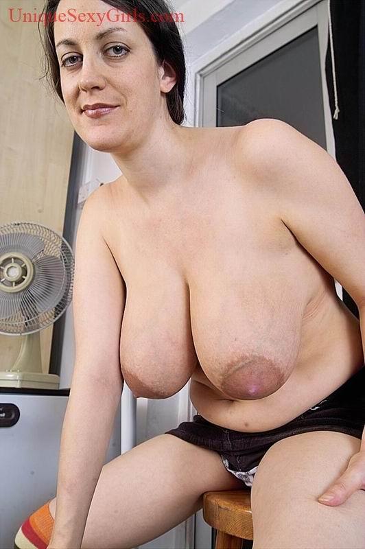 unique huge tits jpg 853x1280