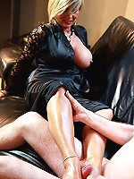 Incredible footjob from a woman with skilful legs